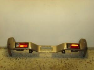 mitsubishi galloper 98 piso profilaktiras asimi skouro 300x225 Mitsubishi Galloper 1998 2003 πίσω προφυλακτήρας ασημί σκούρο