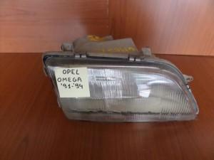 Opel Omega 1991-1994 φανάρι εμπρός δεξί