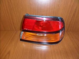 Nissan Maxima 1995-1999 πίσω φανάρι δεξί
