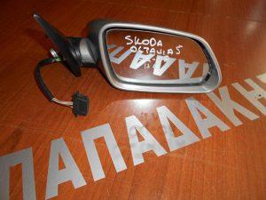 skoda-octavia-5-2004-2008-kathreptis-dexios-ilektrikos-asimi