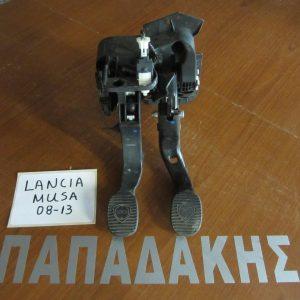 lancia-musa-2008-2013-petaliera