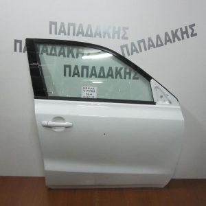 suzuki-vitara-2015-porta-empros-dexia-lefki