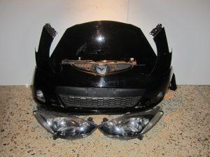 Mazda 2 2007-2010 μούρη μαύρη: καπό- αριστερό φτερό- αριστερό φανάρι- προφυλακτήρας κομπλέ- μετώπη κομπλέ- ψυγεία κομπλέ βενζίνα
