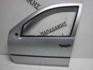 VW Golf 4 1998-2004 πόρτα εμπρός αριστερή ασημί