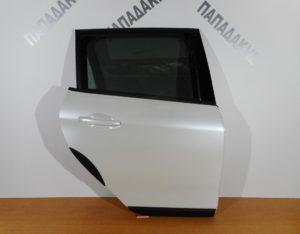 peugeot 2008 2014 2017 porta piso dexia aspri perla 300x234 Peugeot 2008 2014 2017 πόρτα πίσω δεξιά άσπρη πέρλα