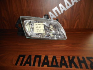 nissan almera n16 2000 2002 empros dexio fanari 300x225 Nissan Almera N16 2000 2002 εμπρός δεξιό φανάρι