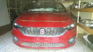 fiat tipo 2016 2018 1 300x169 Fiat Tipo 2016 2018 μετόπη μούρη εμπρός κομπλέ κόκκινο:Καπό 2 φτερά 2 φανάρια μετόπη με ψυγεία diesel προφυλακτήρα κομπλέ τραβέρσα προφυλακτήρος εμπρός.